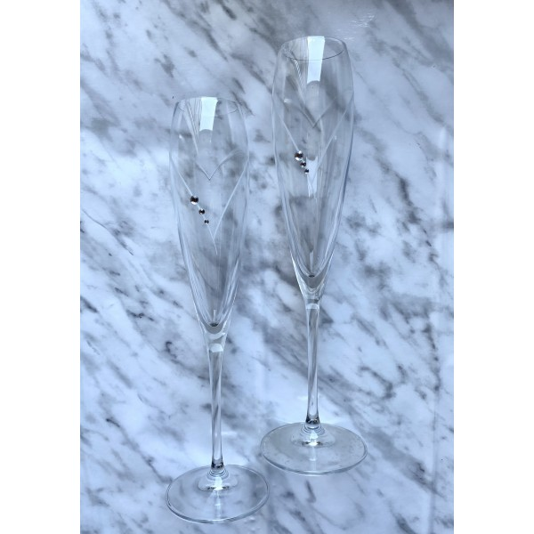 Zestaw ozdobnych kieliszków do szampana - grawerowane serce